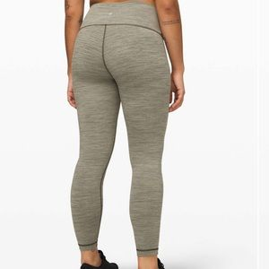 "Lululemon Wunder Under High-Rise Tight 25"" size 6"